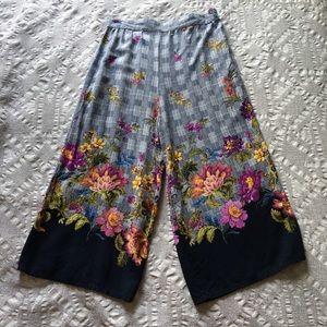 Beautees EUC palazzo pants with floral/plaid motif